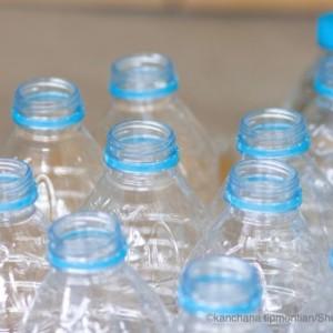 ペットボトルから有害物質が微量に溶け出すって本当?