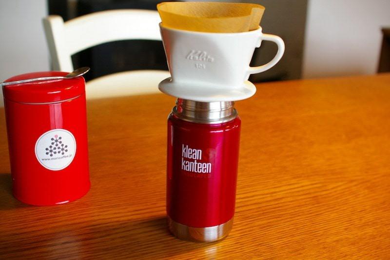 クリーンカンティーンボトルでコーヒーをいれる