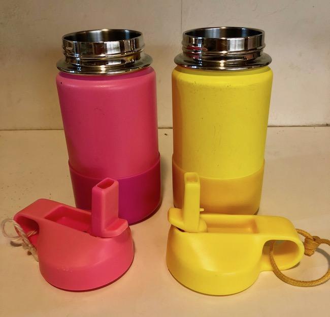 ハイドロフラスク(キッズ用)の容器とフタ