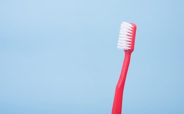 プラスチックの歯ブラシ