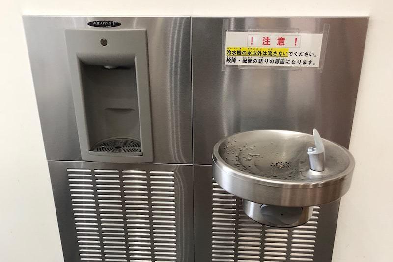 ボトル用の給水器