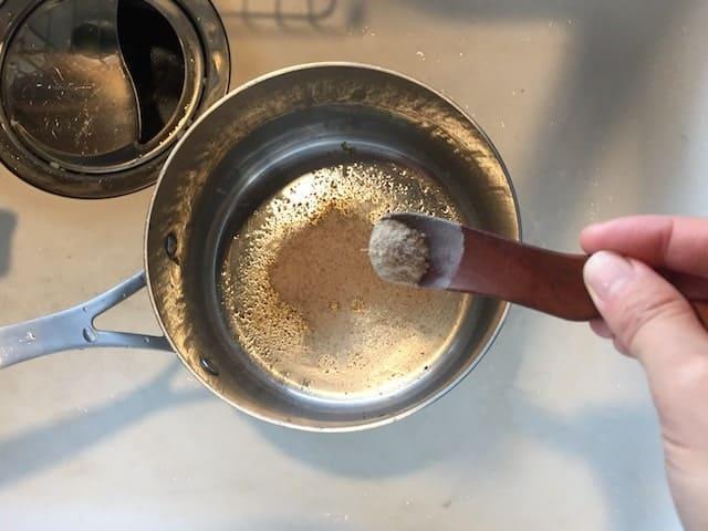 ソープナッツパウダーで食器洗い