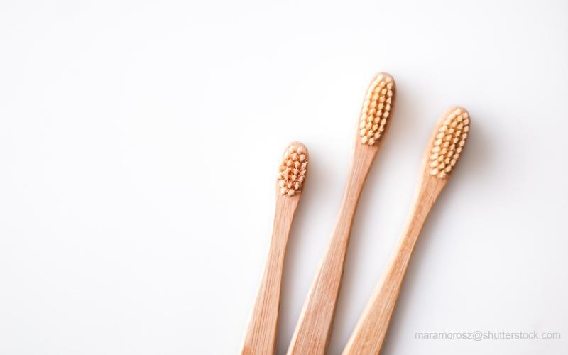 プラスチックを使わない竹製歯ブラシ