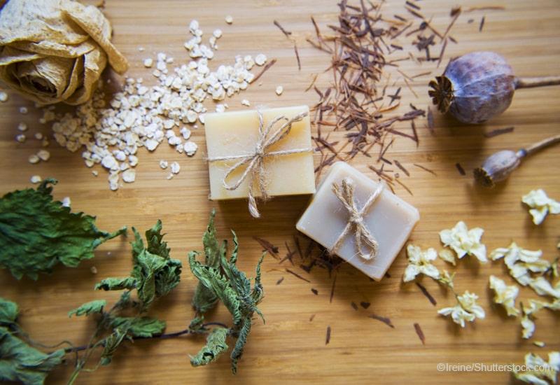 手作り石鹸とハーブ