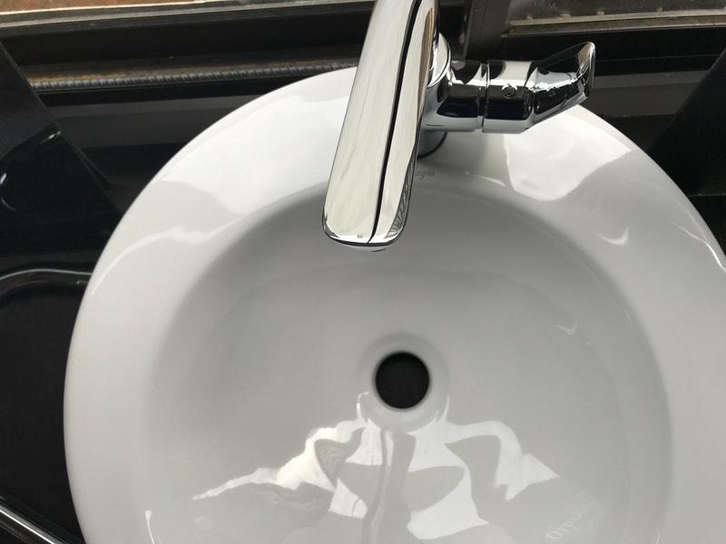 手洗いのシンク