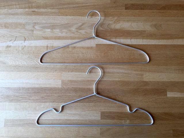 アルミ製のハンガー