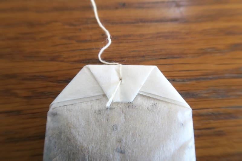 ティーバッグの紐の取り付け部分