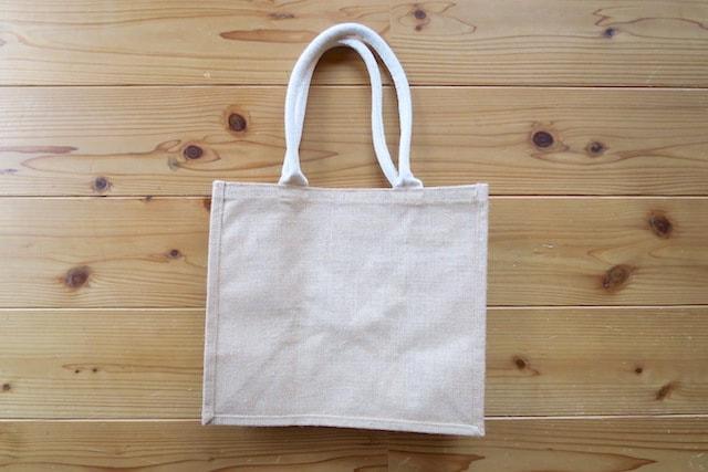 無印良品のジュートのマイバッグ