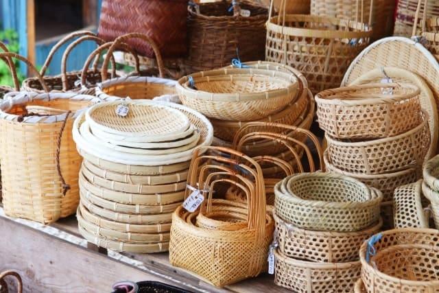 数々の竹の日用品