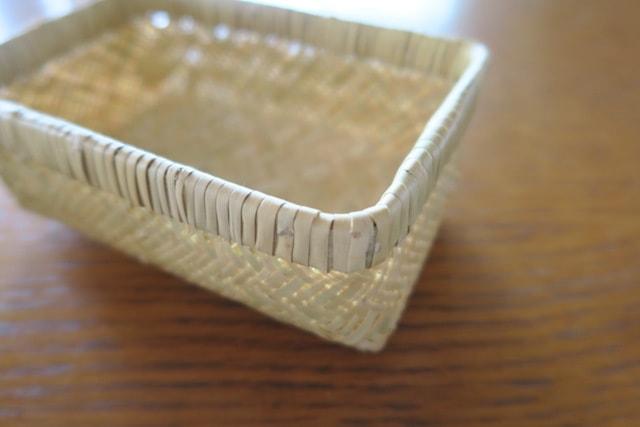 竹かご弁当箱の縁の曲げ部分