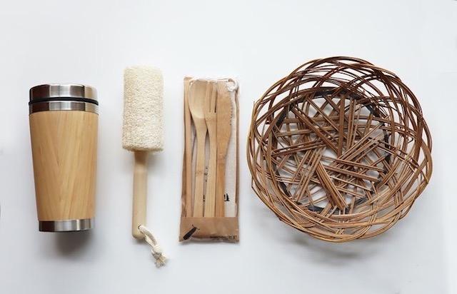 竹素材を使ったボトルやボトル用ブラシ、カトラリーセット