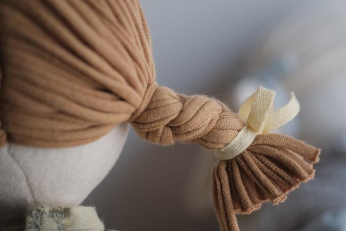 なかよしライブラリーのオーガニックコットン人形の髪の毛