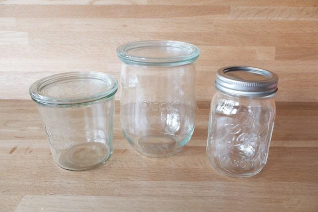ウェックとボールのガラス容器